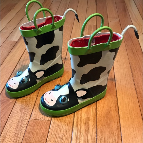 17805c762174 Cute cow rain boots kids size 8/9 toddler boy girl.  M_5a6e7f7ac9fcdfbd484ce635